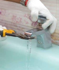 sửa vòi nước rò rỉ