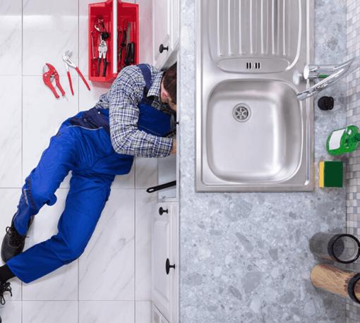 sửa ống nước nổi bị bể