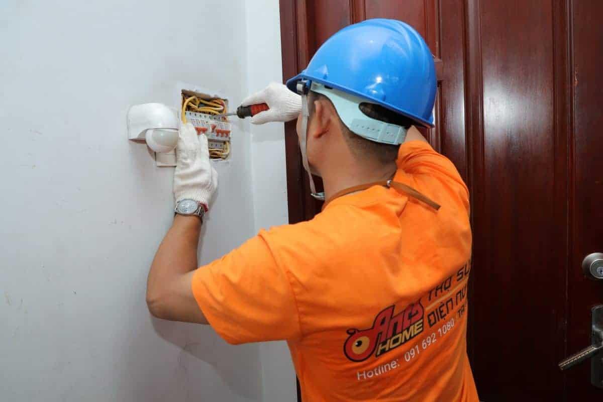 dịch vụ sửa chữa điện tại nhà