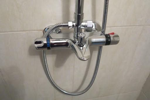 vòi nóng lạnh