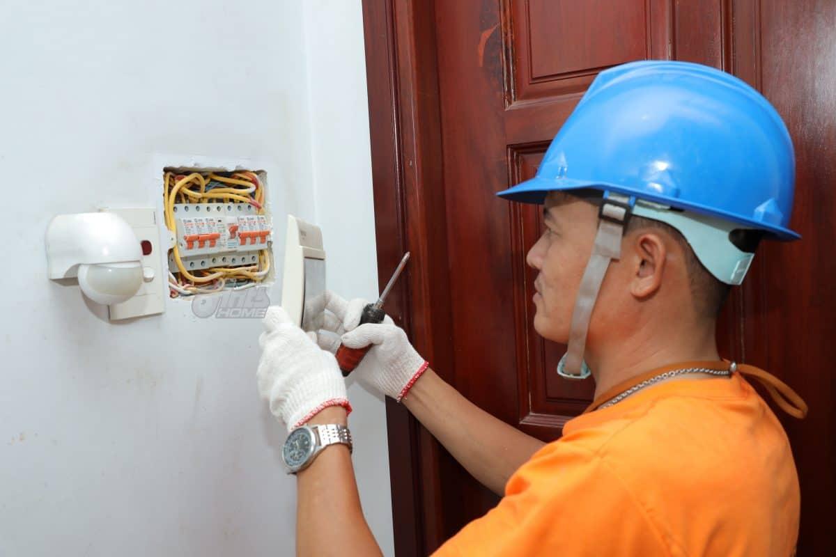 Dịch vụ sửa chữa điện tại nhà của Antshome