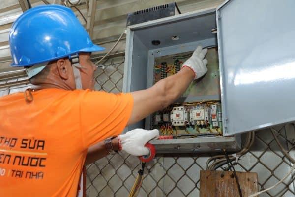 dịch vụ lắp đặt đồng hồ điện/công tơ điện tại nhà