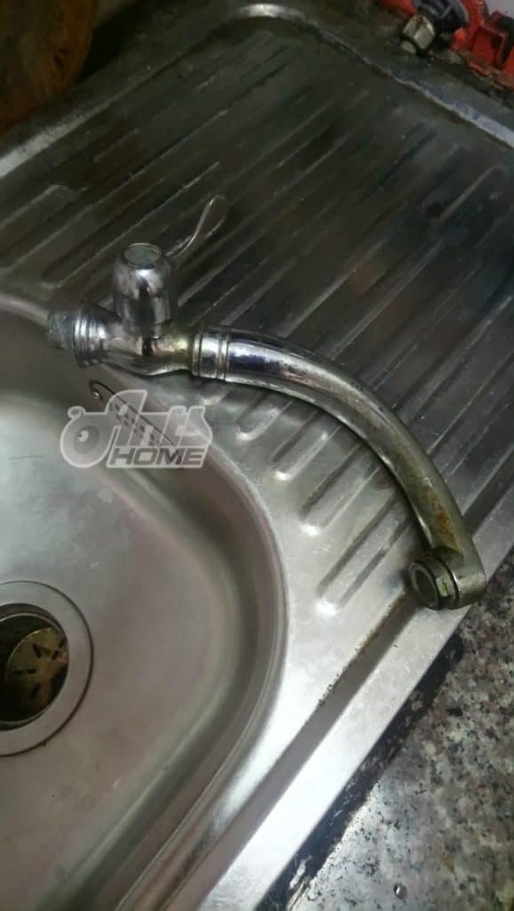 Thay Vòi Nước Bồn Rửa Chén Tại Quận Tân Phú