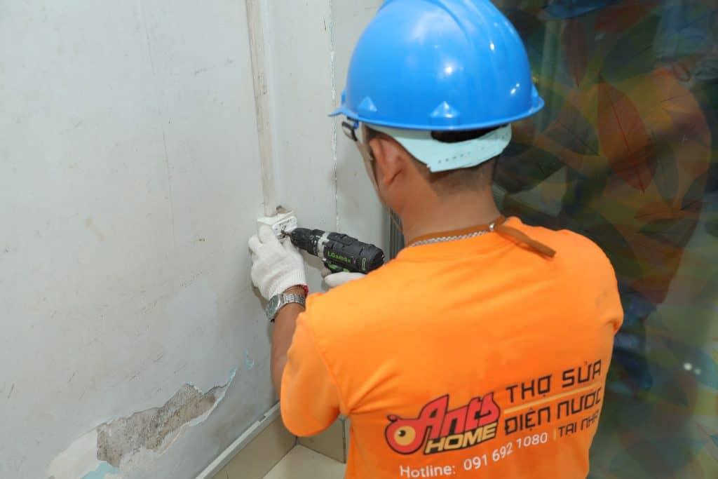 Dịch vụ đi dây điện nổi trong nhà