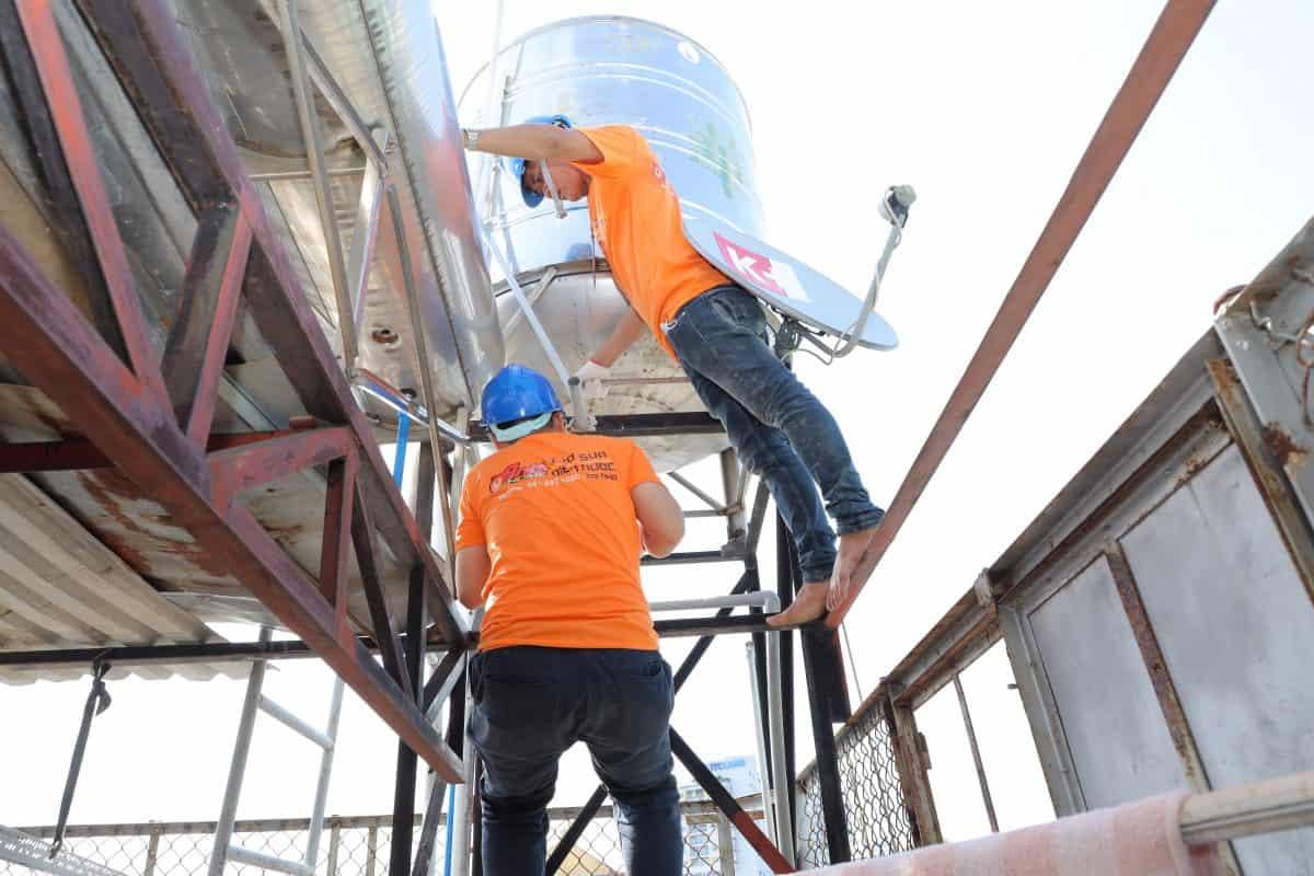 Dịch vụ vệ sinh bồn nước TPHCM