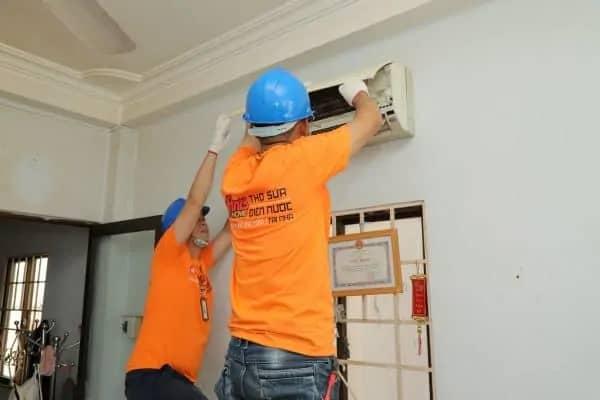 máy lạnh bị nhảy cb